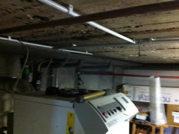 Diese fünfteilige Kellerdecke wurde mit dem Isofekt®PLUS-System gedämmt