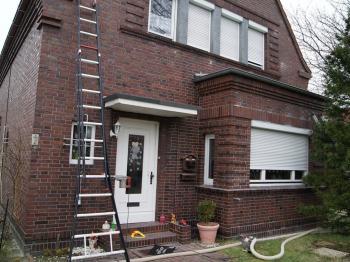 Bei diesem Haus konnten an einem einzigen Tag zwei Gebäudeteile gedämmt werden.